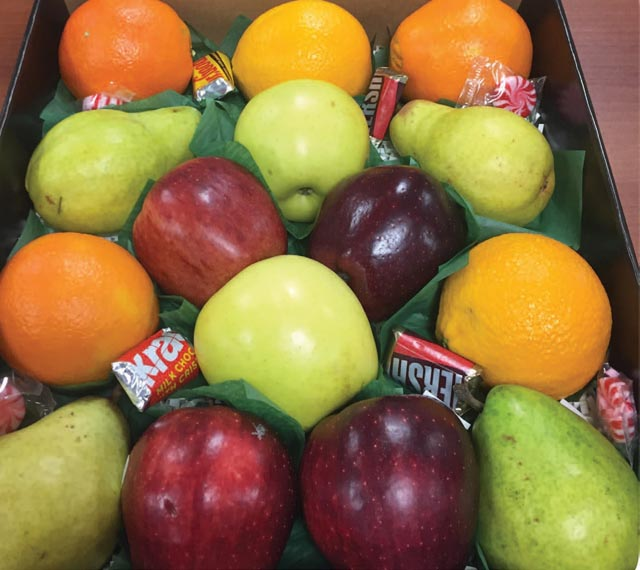 Fruit Gift Box 1ORDER ONLINE AND PICK UP AT A LOCATION NEAREST YOU & Fruit Gift Box 1 | Gift Boxes | Gift Boxes | Order Online | Boyeru0027s ...